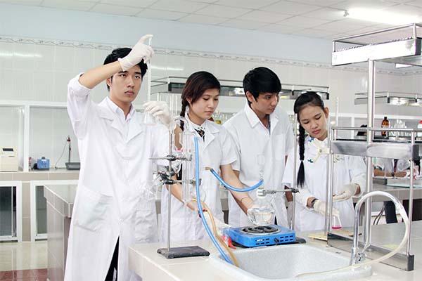 Tập trung đầu tư cho các Phòng thí nghiệm trọng điểm